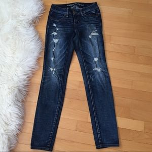American Eagle Super Stretch Jegging with Rips